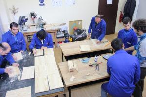 Imagen de una actividad. El taller de carpintería
