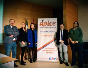 Foto conferenciantes y Delegado de Ápice